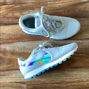 Nike Women's Pre Love OX holographic suede shoes